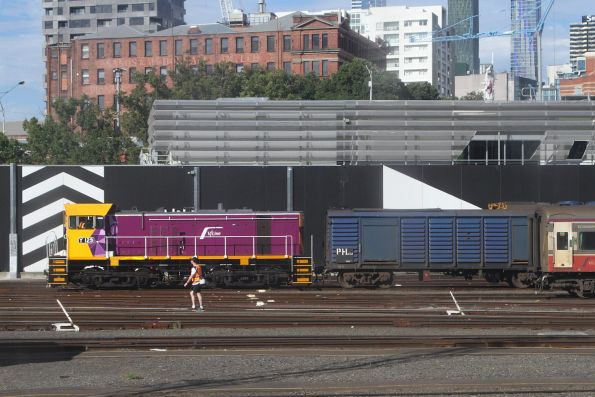 Y129 shunting power van PH452 stabled at Southern Cross