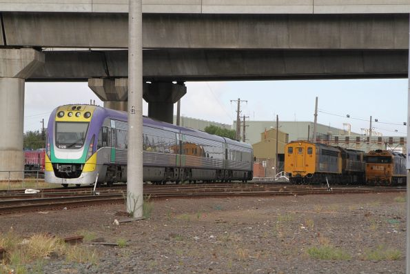 VLocity VL28 arrives at South Dynon