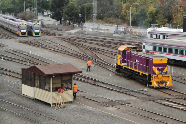 Y163 between shunting moves at Southern Cross