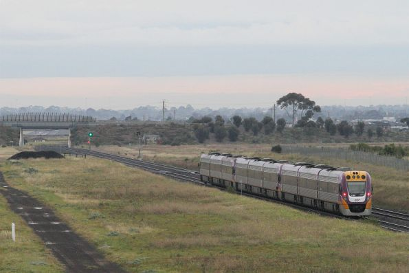 VLocity VL07 leads the 9-car test train through Ravenhall on the down