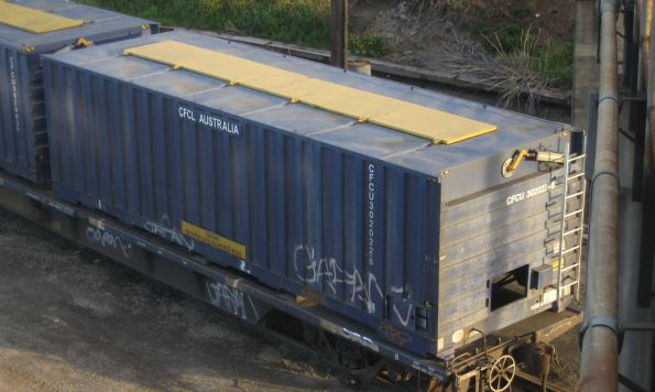 Containers - grain containers