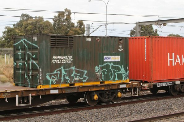 Pacific National sticker on a Freight Australia liveried containerised genset