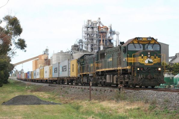 X49 leads P20 through Waurn Ponds on the Warrnambool freight
