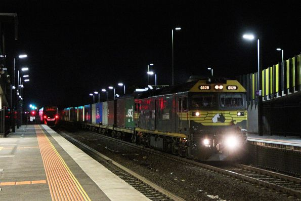 G529 leads an early running down Warrnambool freight through Sunshine