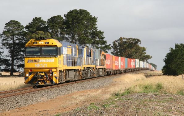 NR121, XRB560 and NR18 eastbound at Westmere