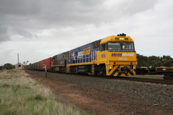 NR56 and NR77 pass the loading of concrete sleepers at Inverleigh