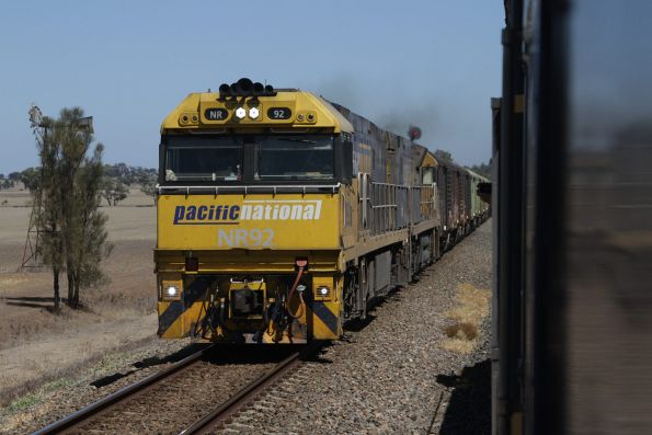 NR92 and NR56 lead PM6 eastbound at Kaniva Loop