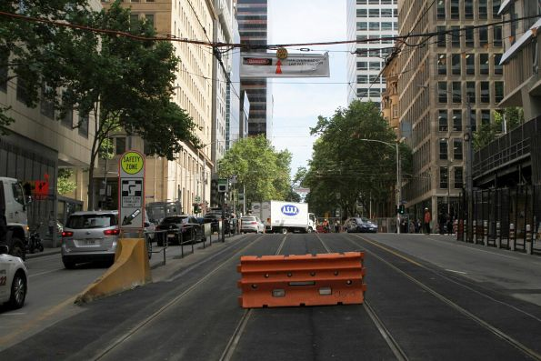 Overhead power isolated on William Street south of Collins Street