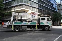 Yarra Trams overhead bucket truck at William and Collins Street