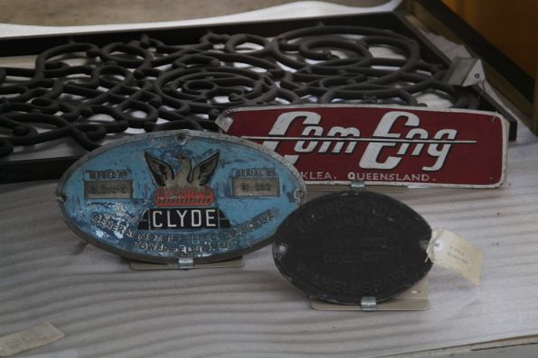 Clyde and Comeng locomotive builders plates