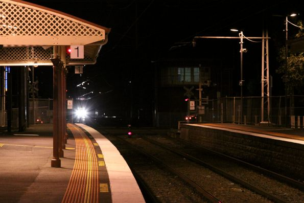 The test train arrived at Kensington a little early: the last passenger service still needed to pass through