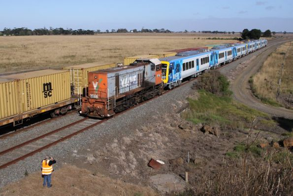Driver getting a photo as G527 and A73 lead the northbound Mildura freight