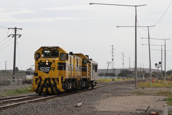 T385 leads T386 and van BVDY52 on the down at Brooklyn bound for Ballarat