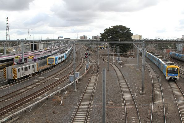 Citybound Siemens train passes the transfer at North Melbourne Junction