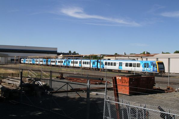 X'Trapolis sets 923M-1662T-924M and 31M-1316T-32M ready to be transferred back to Melbourne
