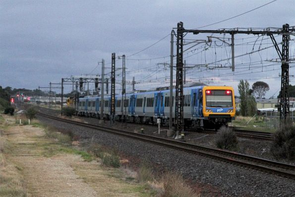 Tail end of the X'Trapolis transfer at Altona Junction