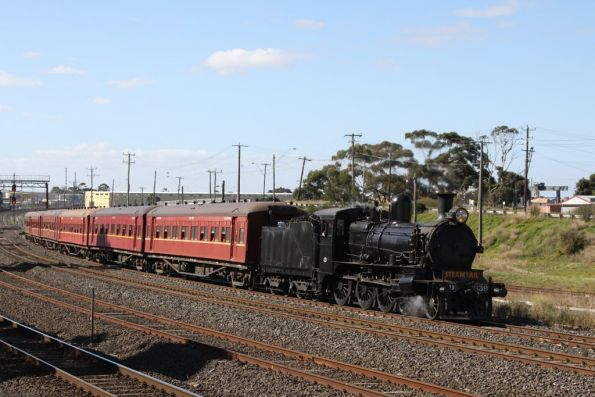 North Geelong Junction with D3 up front